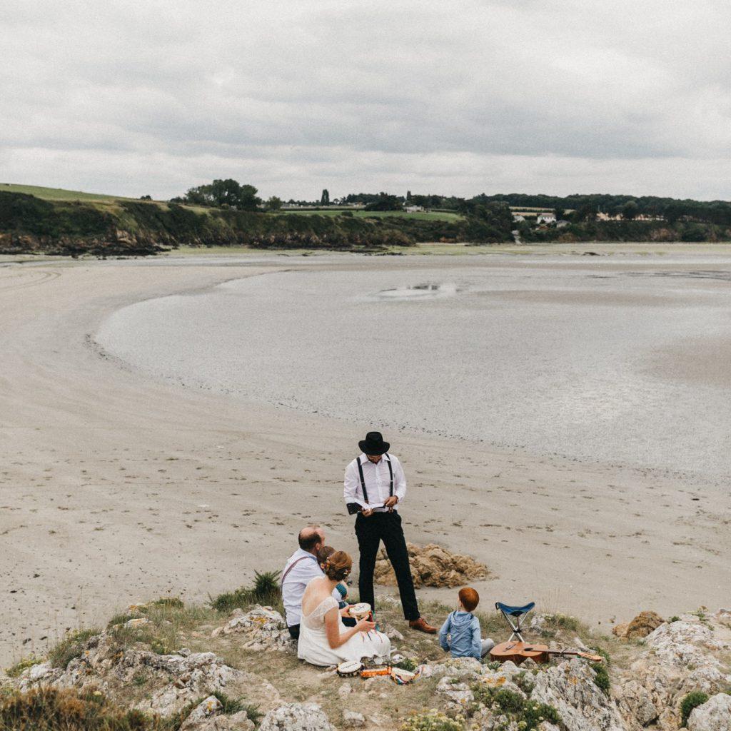 Elopement Wedding ohen Gäste in der Bretagne mit Trauredner Johann-Jakob Wulf