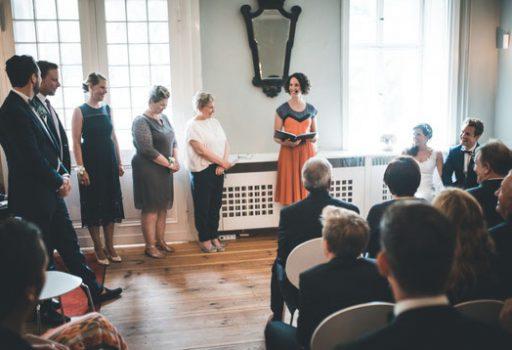 Freie Hochzeit Berlin mit Strauß & Fliege
