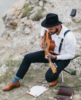 Die beste Gitarrenbegleitung für Eure freie Trauung!