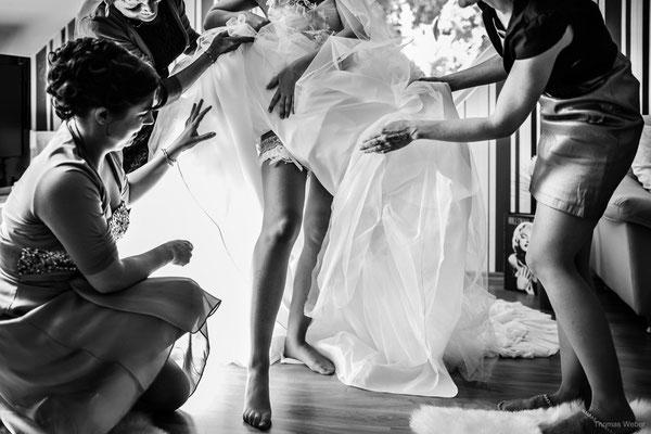 Letzte Vorbereitung für die Hochzeit einer Braut