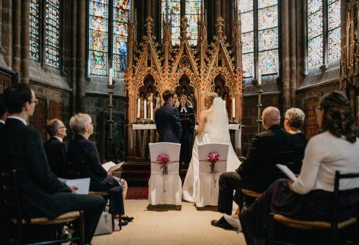 Kirchliche Trauung, Heiraten ohne Kirche, Freie Trauung als Alternative zur Kirche