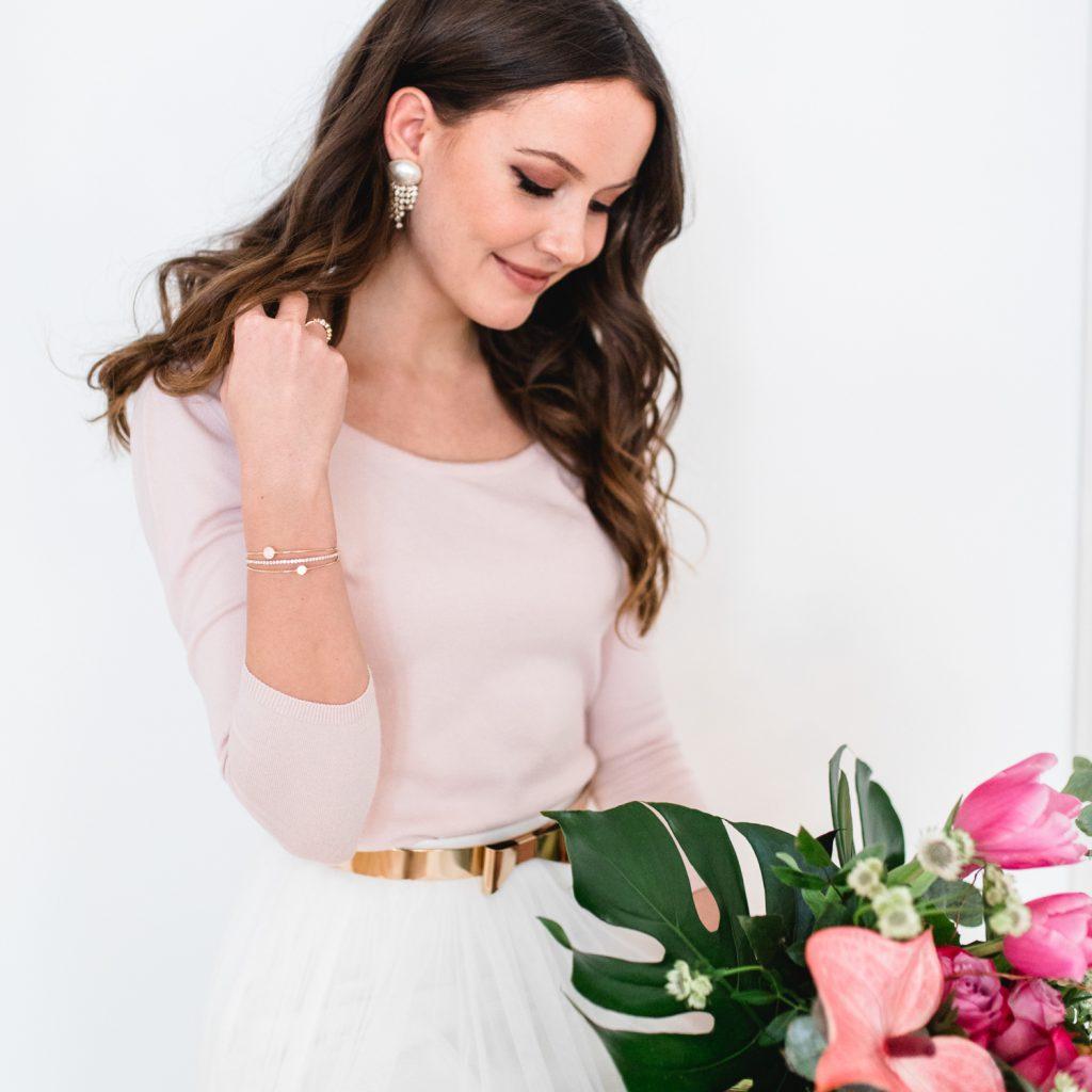 Der Onlineshop für Brautkleider heißt andcompliments