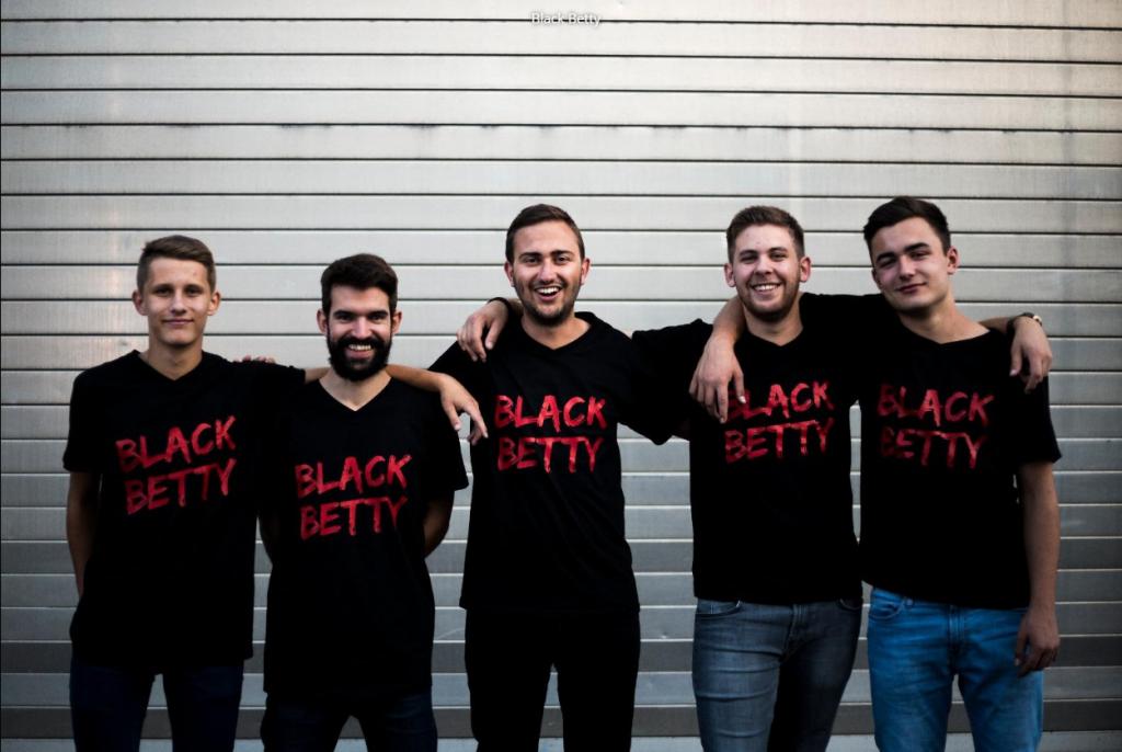 Coverband und Hochzeitsband Black Betty bittet zum Tanz