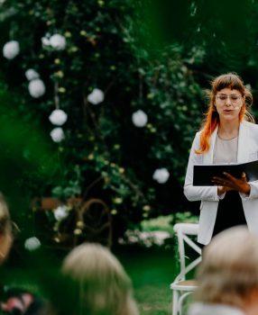 Freie Trauzeremonie mit Rednerin Veronika