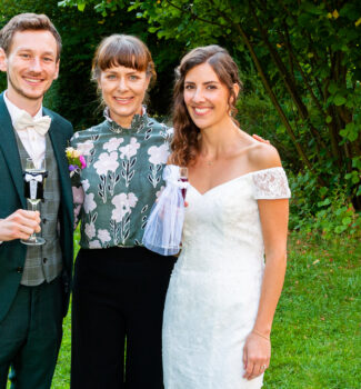 Freie Trauung in München mit Hochzeitsrednerin Veronika von Strauß & Fliege