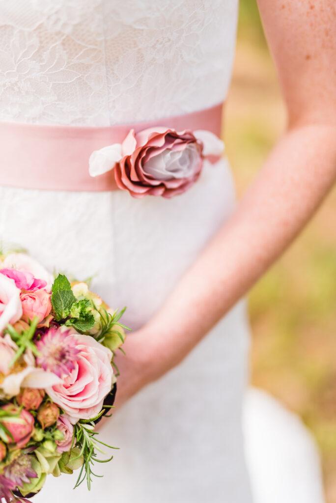 Blumen Braut   Accessoires Hochzeit   Strauß & Fliege