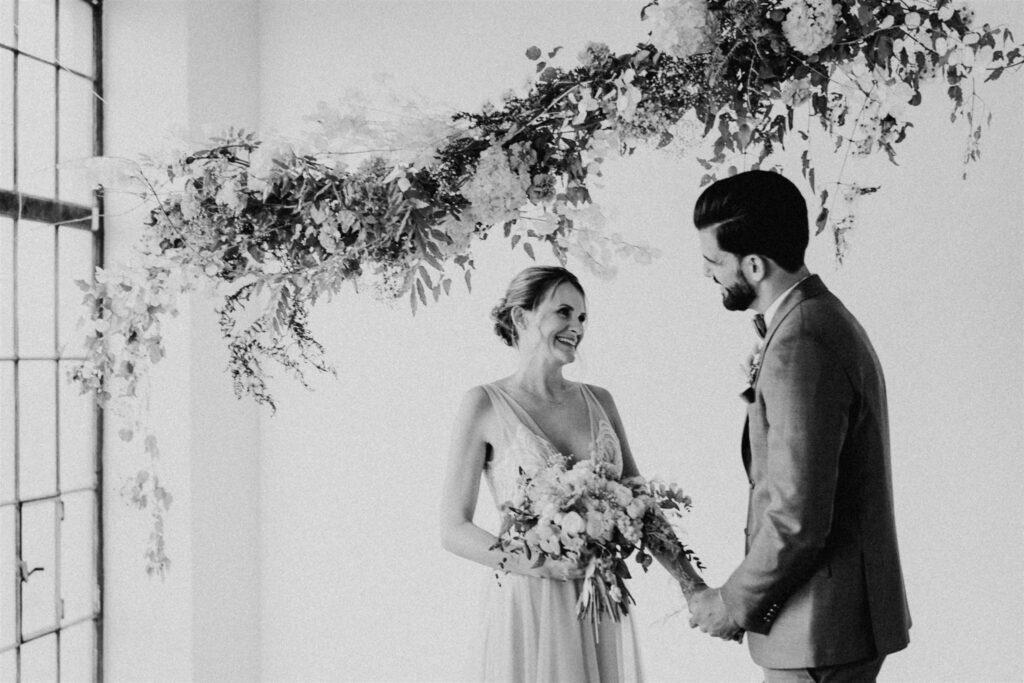 Hochzeit Wien | Freie Trauung NY Style | Strauß & Fliege