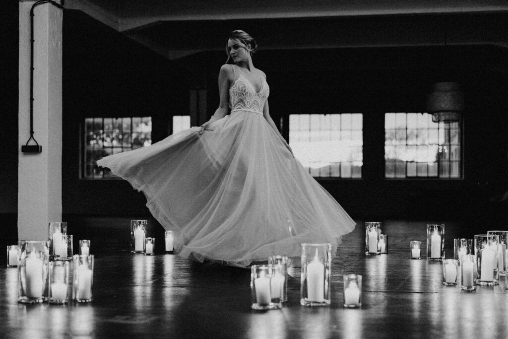 Braut Tanz Kerzenschein | Freie Trauung Wien | Strauß & Fliege