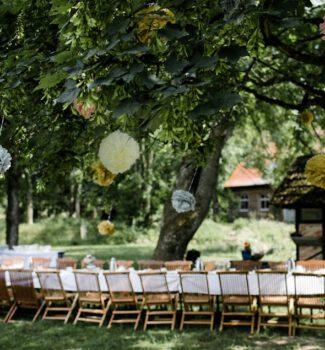 Freie Trauung München | Heiraten im Garten | Strauß & Fliege